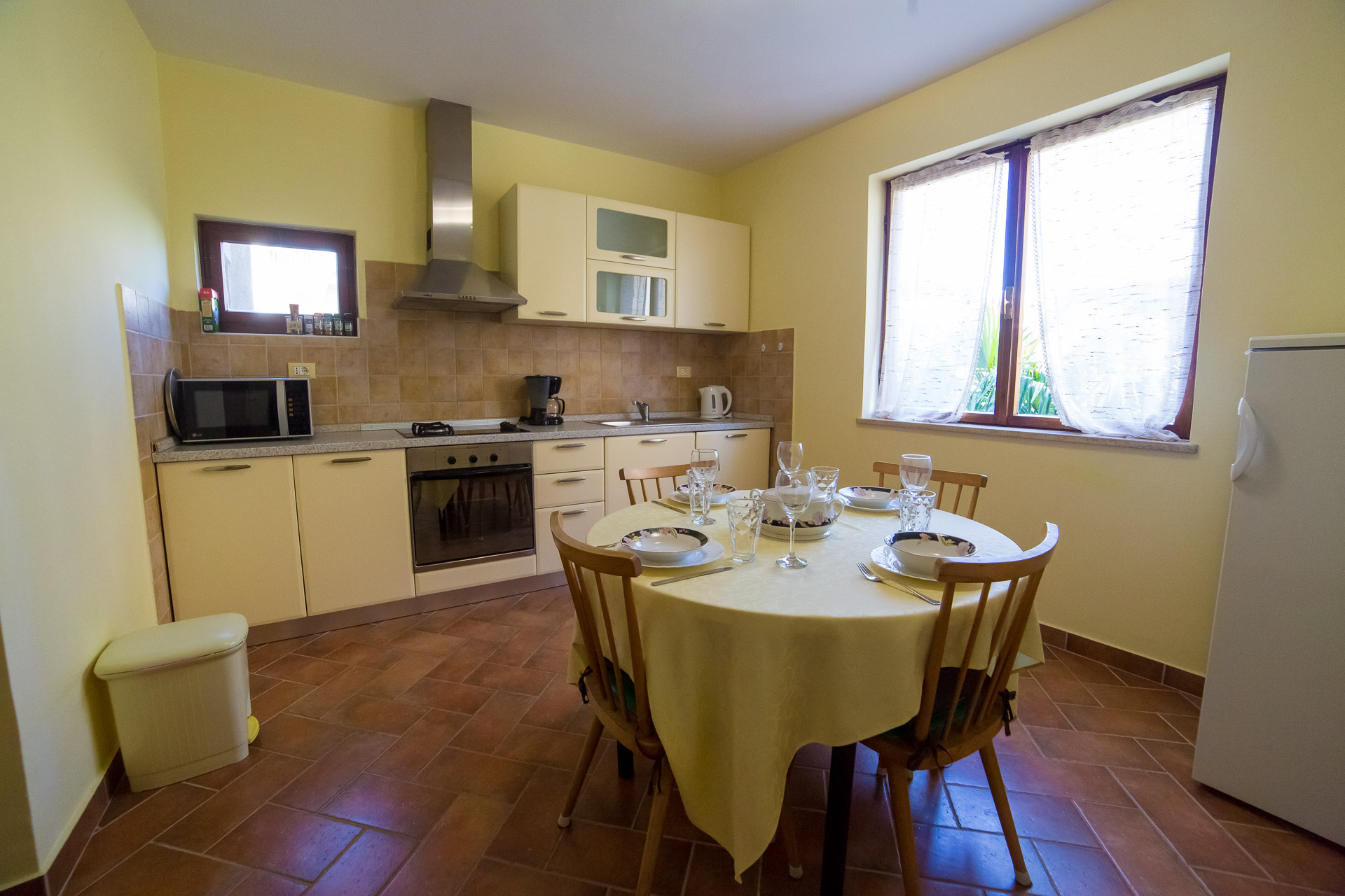 apartment aquamarine porec kitchen.jpg