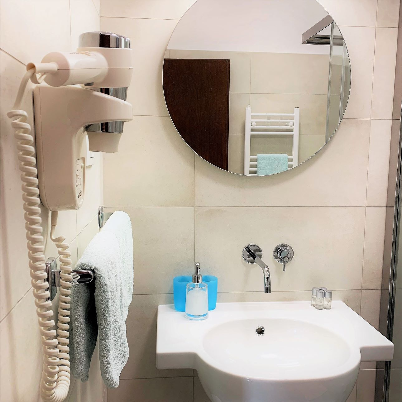 bathroom with hairdryer (3).jpg